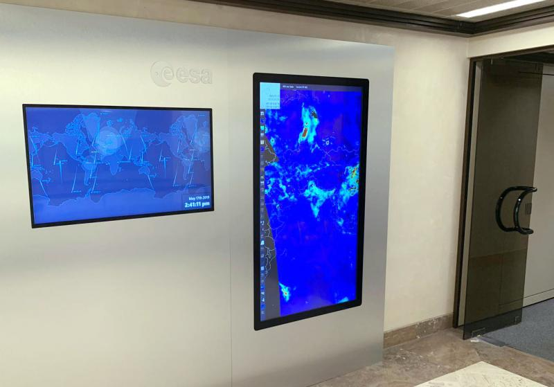 Introducing the DisplayWall
